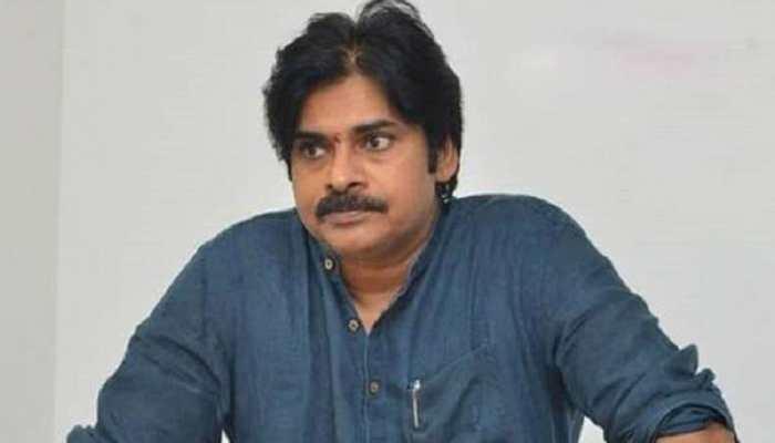 బ్రేకింగ్ న్యూస్: జనసేన చీఫ్ పవన్ కల్యాణ్ వెనుకంజ !!