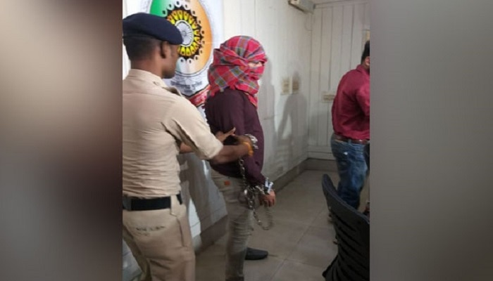 హైదరాబాద్లో సిమి ఉగ్రవాది అరెస్ట్.. సినీ ఫక్కీలో ఆపరేషన్ !