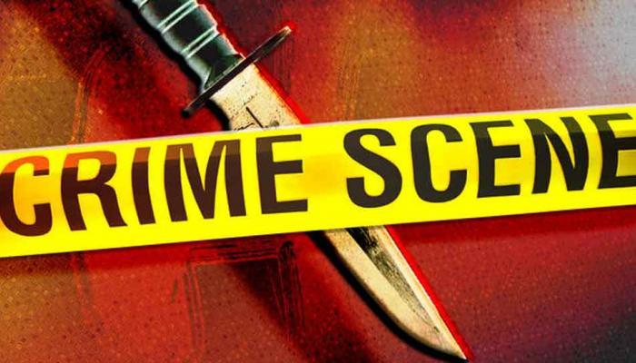 Passenger stabbed in TSRTC bus : సీటు కోసం ఘర్షణ.. ప్రయాణికురాలిపై కత్తితో దాడి!