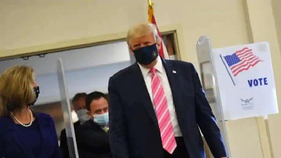 US Election 2020: ఫ్లోరిడాలో ఓటు వేసిన ట్రంప్.. ఎవరికి వేశాడో చెప్పకనే చెప్పాడు