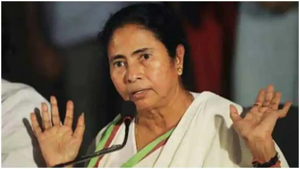 West Bengal: దేశానికి నాలుగు రాజధానులు ఉండాలి: మమతా బెనర్జీ