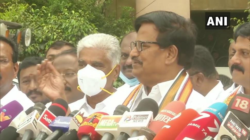 Tamil Nadu Assembly Elections 2021: డీఎంకే, కాంగ్రెస్ సీట్ల సర్దుబాటుపై కీలక నిర్ణయం, మరో కొత్త సీటు ఆఫర్ ఇచ్చిన DMK