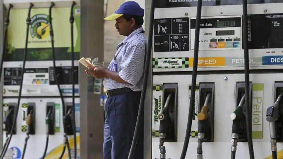 Petrol, Diesel Prices Today: హైదరాబాద్లో ఆల్టైమ్ గరిష్టానికి పెట్రోల్, డీజిల్ ధరలు, ప్రధాన నగరాలలో రేట్లు