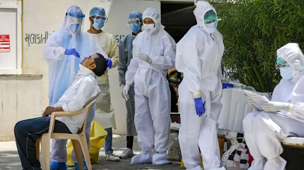 India Corona Cases Updates: ఇండియాలో స్వల్పంగా పెరిగిన కరోనా పాజిటివ్ కేసులు, తగ్గిన Covid-19 మరణాలు