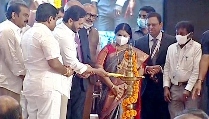 Vanijya Utsav: విజయవాడలో వాణిజ్య ఉత్సవం - 2021ను ప్రారంభించిన సీఎం జగన్, ఎగుమతులను రెట్టింపు చేయడమే లక్ష్యం