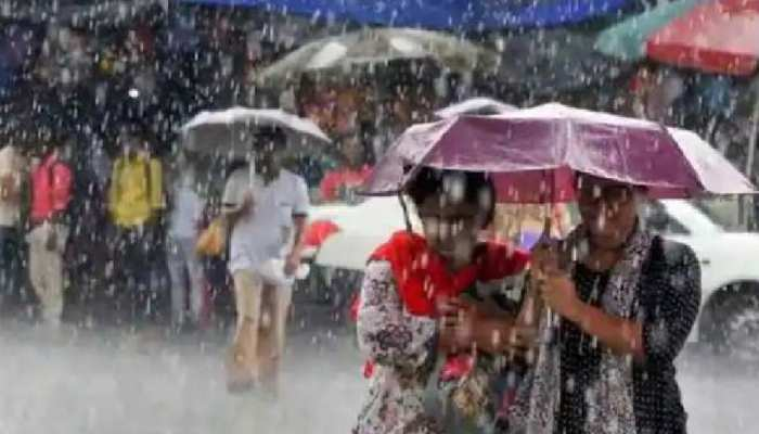 Telangana weather updates: తెలంగాణకు నేడు భారీ వర్షసూచన