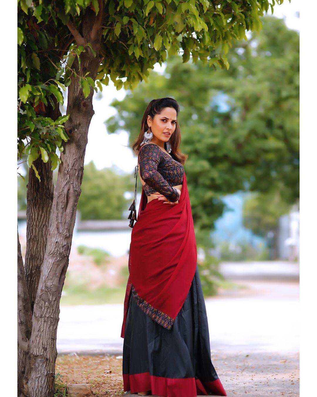Anasuya Bharadwaj hot photos