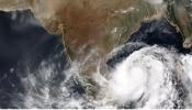 Nivar Cyclone live updates: దూసుకొస్తున్న తుపాను, అతి భారీ వర్షాల హెచ్చరిక