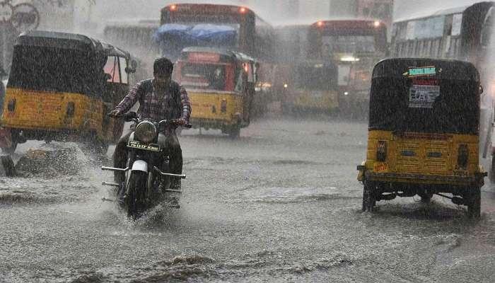 Rain alert: ఏపీని తాకిన నైరుతి, భారీ వర్షాలు కురిసే అవకాశం