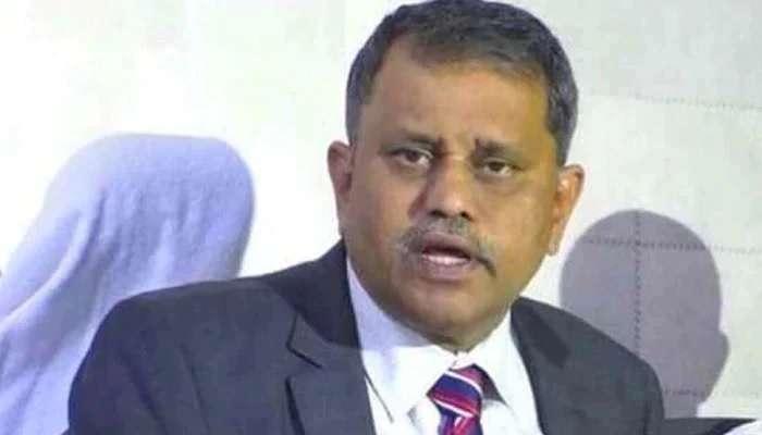 Nimmagadda Ramesh Kumar: Voter ID కోసం ఏపీ ఎలక్షన్ కమిషనర్ నిమ్మగడ్డ రమేష్ కుమార్ తంటాలు!