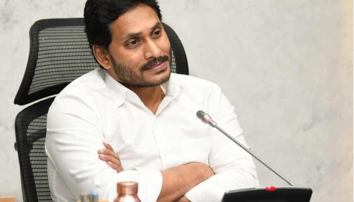 Ys jagan: తెలంగాణ ఉద్యోగుల బదిలీకు గ్రీన్ సిగ్నల్ ఇచ్చిన ముఖ్యమంత్రి జగన్