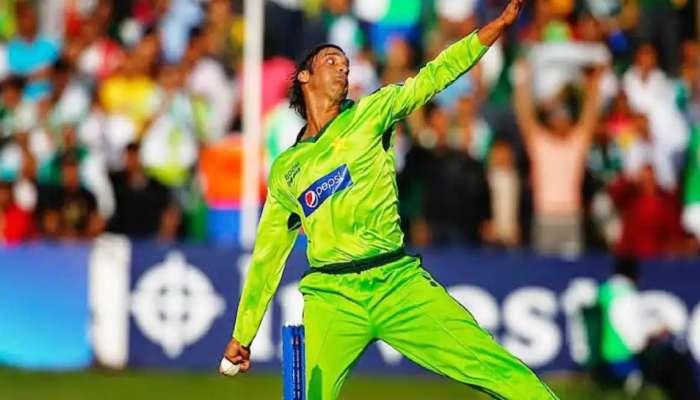 Pakistan పేసర్ Shoaib Akhtar ఆ టీమిండియా బ్యాట్స్మన్కు వార్నింగ్ ఇచ్చాడట