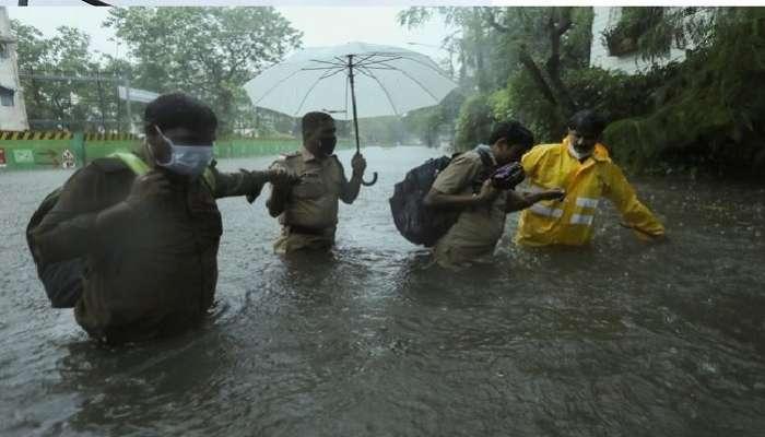 Tauktae Cyclone Effect: ముంబై మహా నగరాన్ని అతలాకుతలం చేసిన తౌక్టే తుపాను